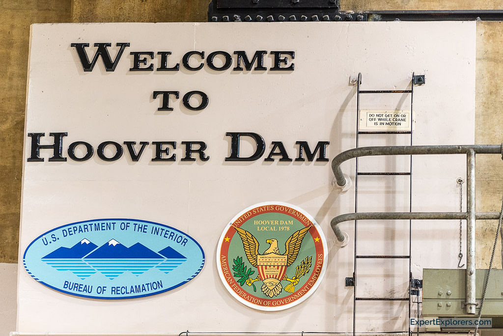 Welcome to the Hoover Dam sign