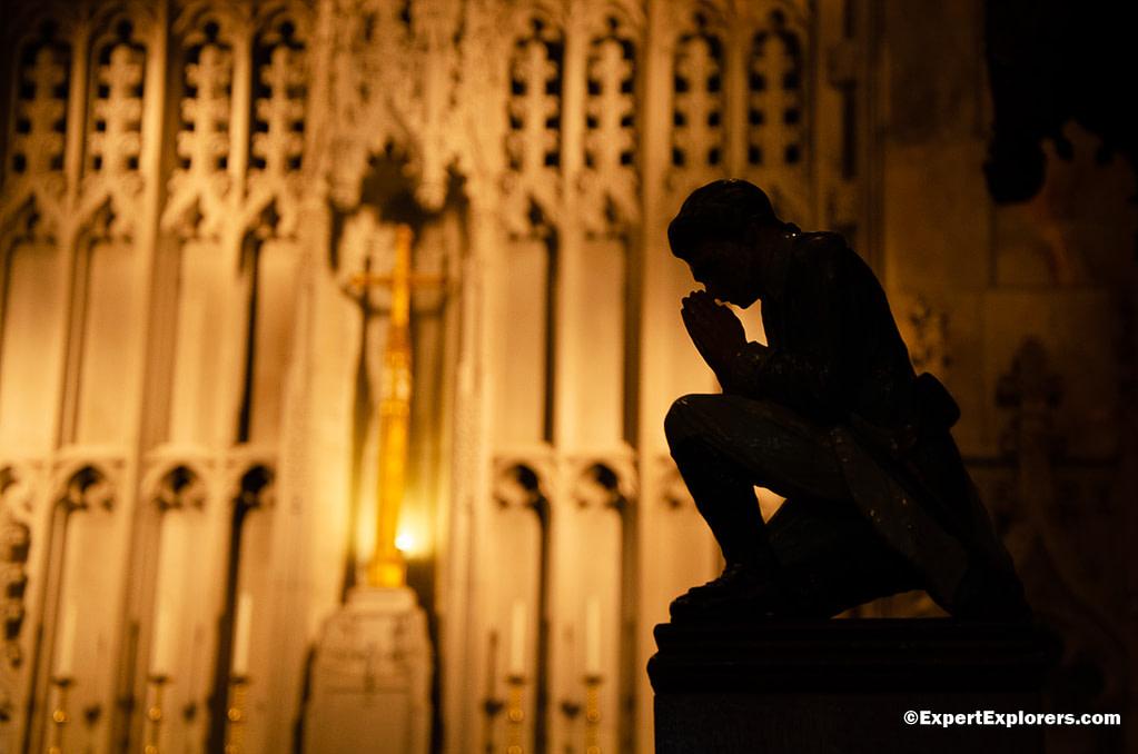 Statue of Washington praying at Washington's Memorial Chapel in Valley Forge National Park, Pennsylvania