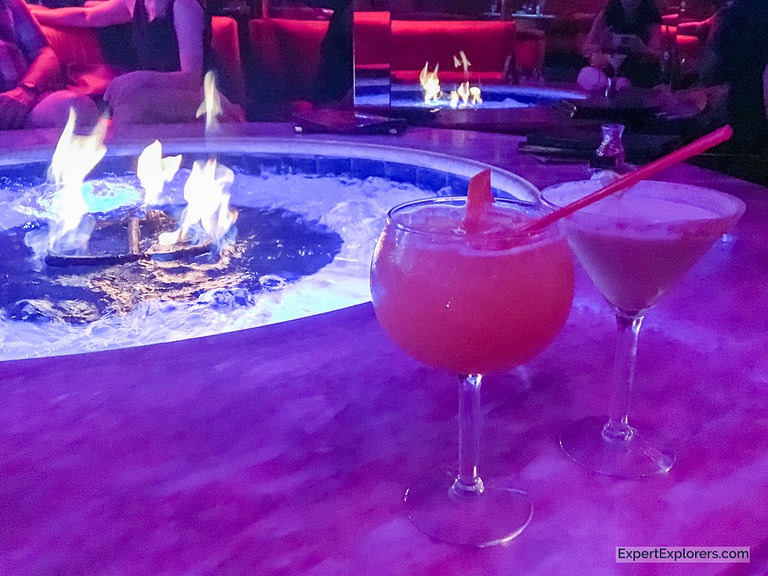 Drinks at the Peppermill, Las Vegas
