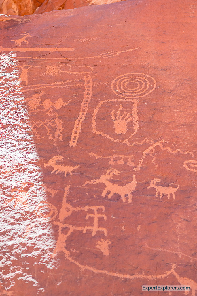 Atlatl Rock's petroglyphs ancient rock carvings, Valley of Fire State Park