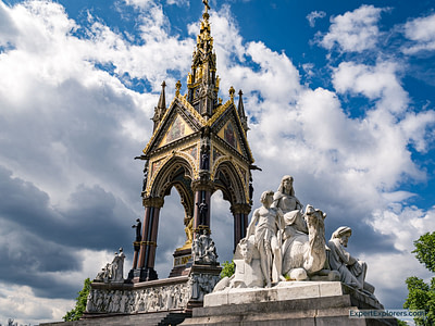 One of the least known London photo spots is the Albert Memorial in Hyde Park