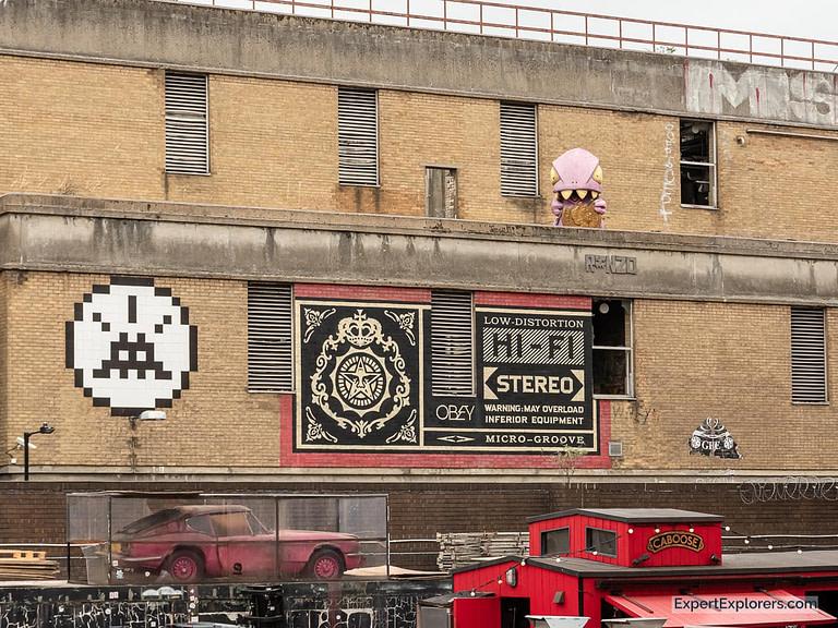Street Art in Ely's Yard outside the Vintage Market London